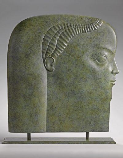 Kobe – Head – 2010 – Bronze - 71 x 65 x 11 cm (base 2 x 72,5 x 15 cm) (5 cm pins) - Private collection - © copyright Fotostudio Frans Lossie, Heusden