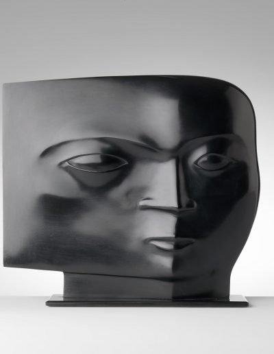Kobe - Tête (Head) – 2009 – Bronze - 24 x 27 x 7 cm) (base 0,5 x 27,5 x 9,5 cm) – Private collection © copyright Fotostudio Frans Lossie, Heusden